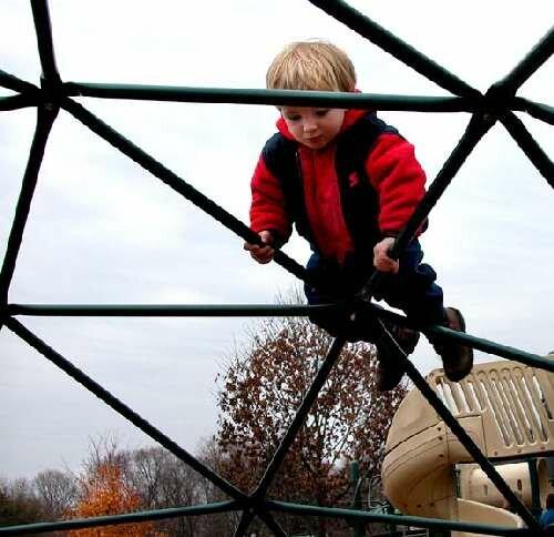 child ergonomics, ergonomics for children, children & carpal tunnel